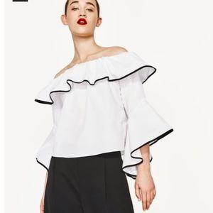Zara Black White Top Blouse Ruffle size XS 0